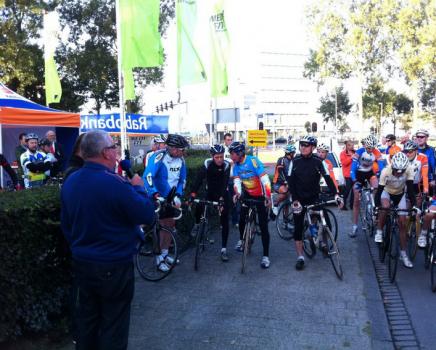 Start Johan van der Velde Classic 2012